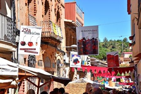 Festa de la Cirera a Torrelles de Llobregat